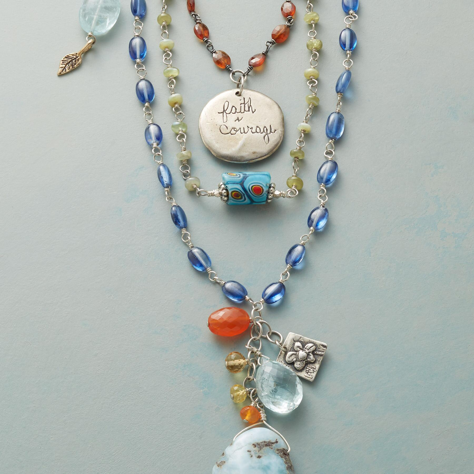 BOLD BEAUTY NECKLACE: View 3