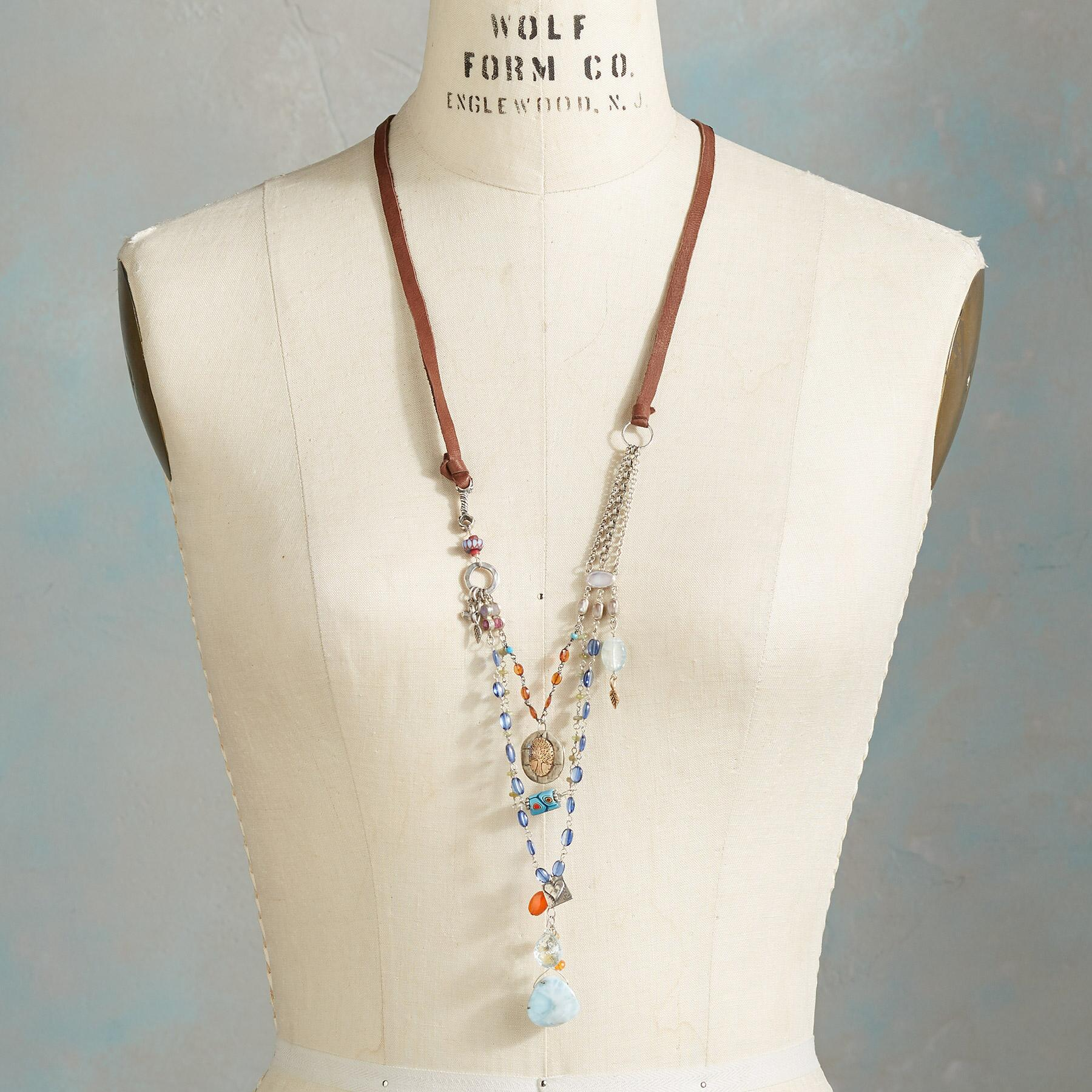 BOLD BEAUTY NECKLACE: View 4