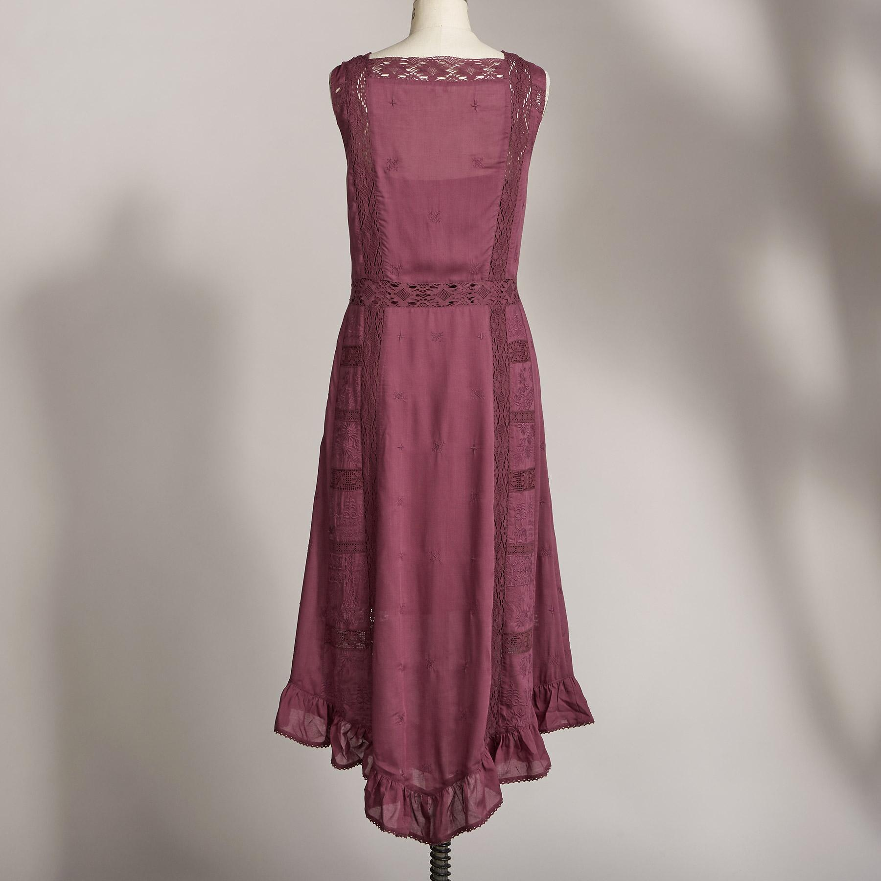 CASUAL VICTORIAN DRESS: View 2