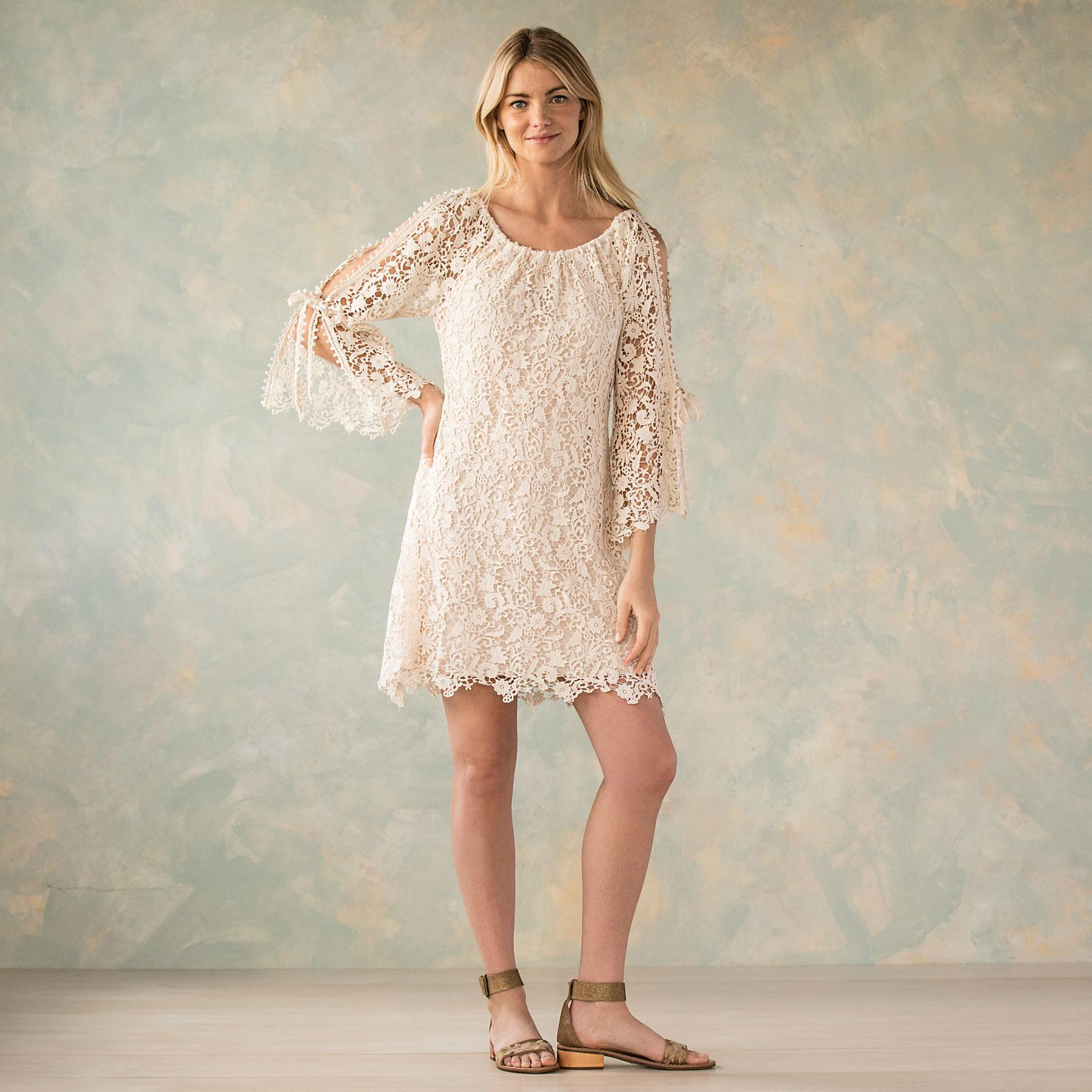 QUEEN ANNE'S LACE DRESS: View 1