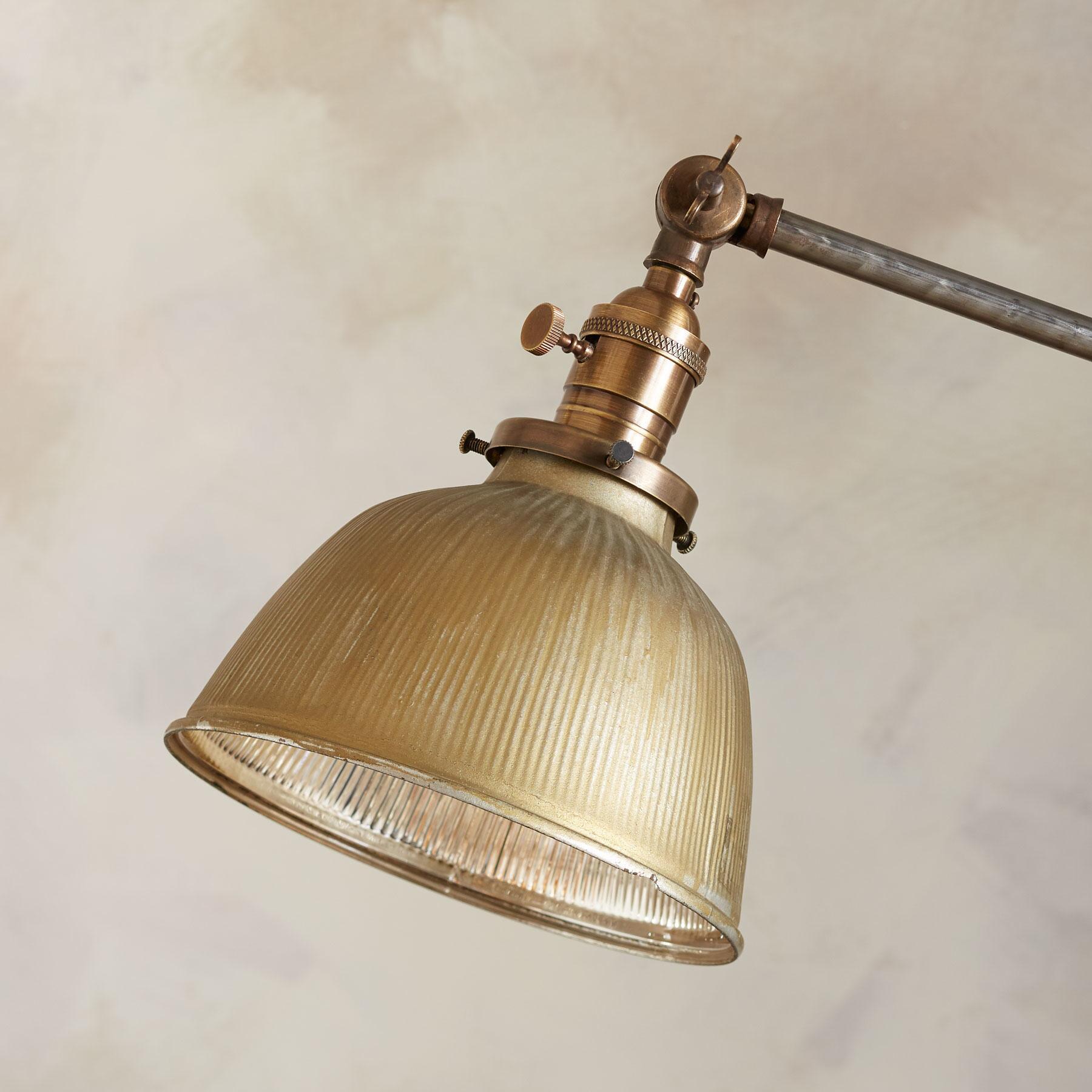 PITTSBURG FLOOR LAMP: View 2