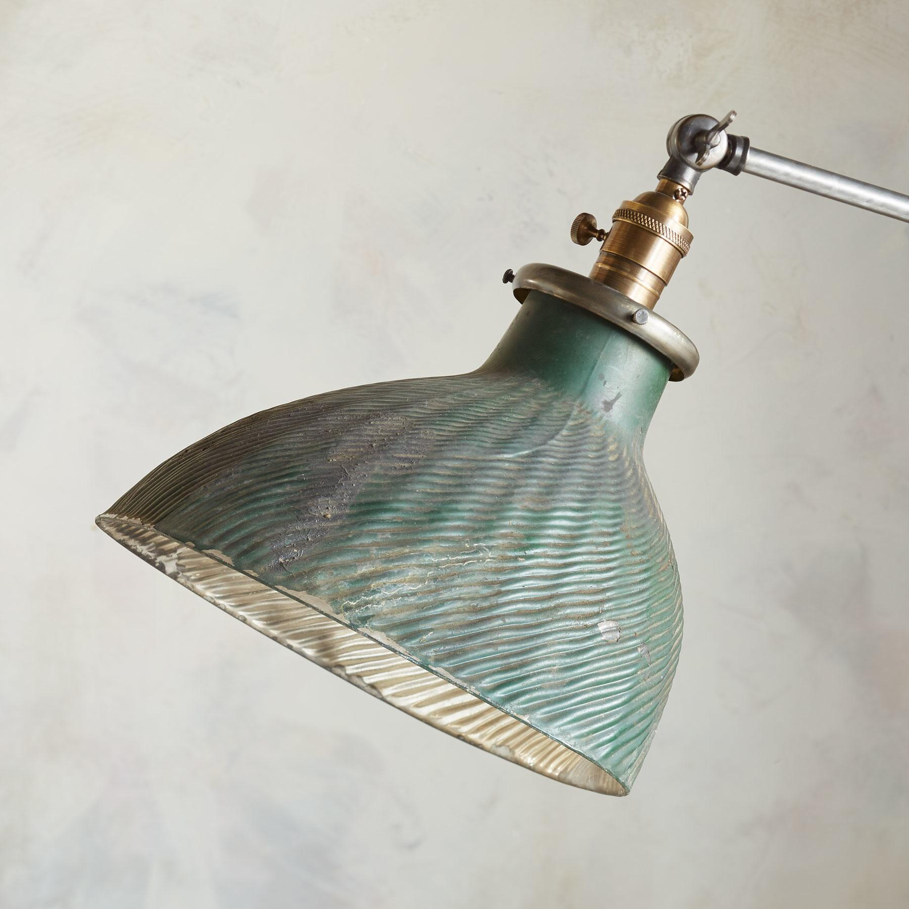 CLEVELAND FLOOR LAMP: View 2