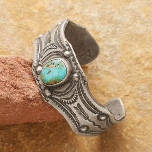 SWIFT ARROW CUFF