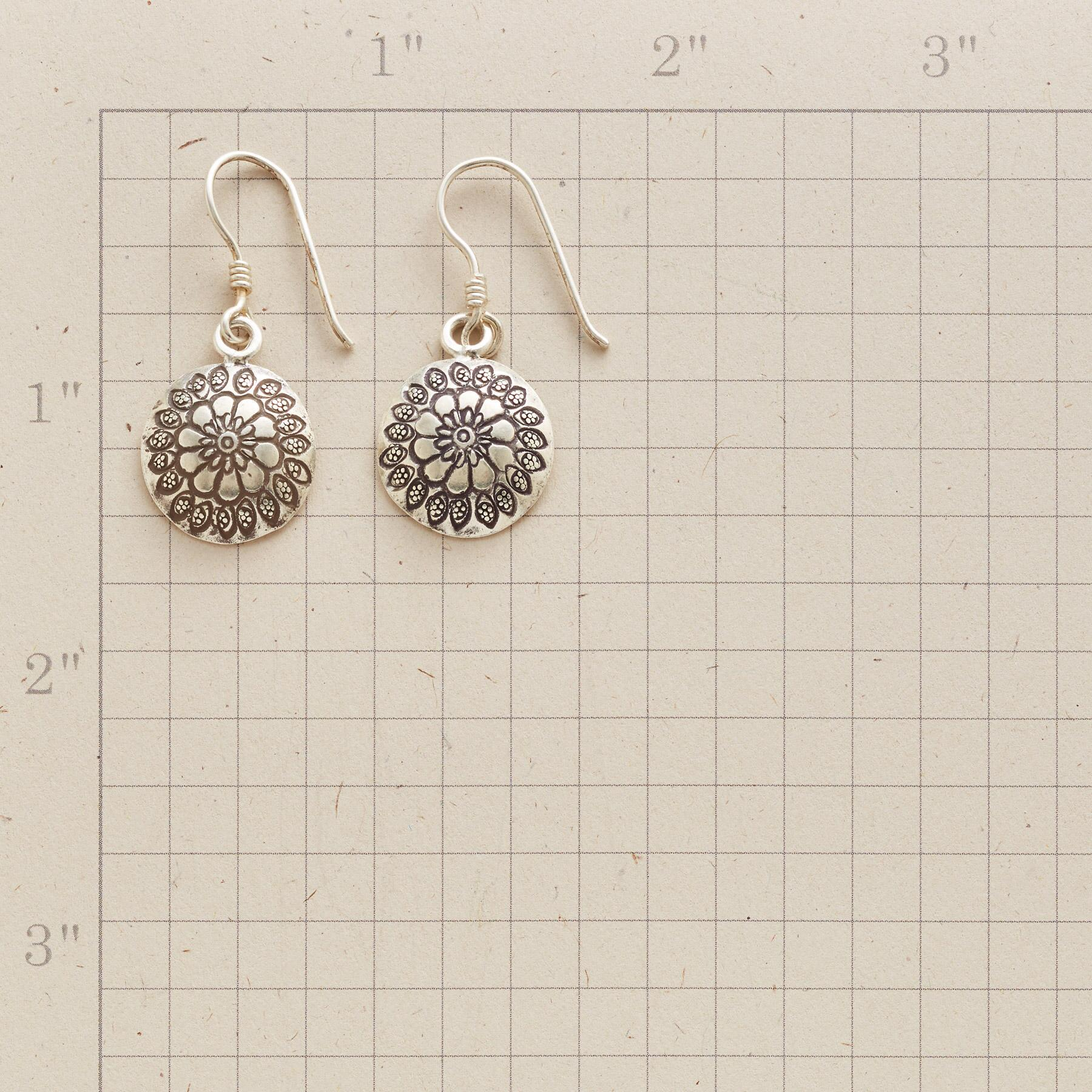 FLOWERS IN THE ROUND EARRINGS: View 2
