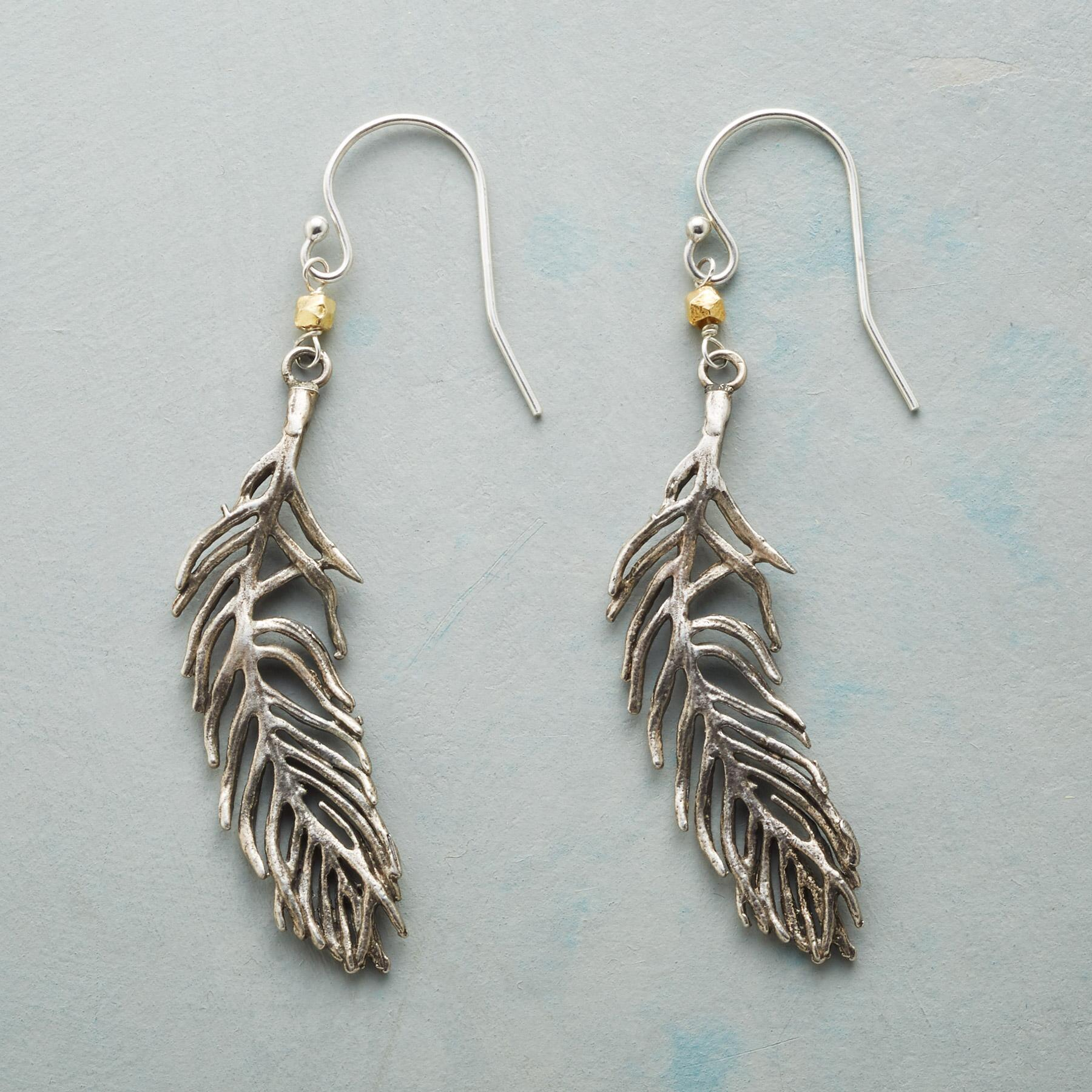 TROPICAL BREEZE EARRINGS: View 1