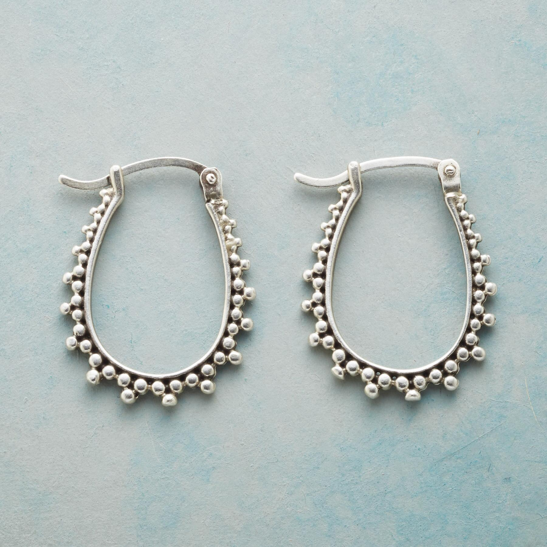 BUBBLE FRINGE HOOP EARRINGS: View 1