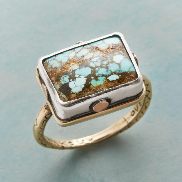 RIVETING TURQUOISE RING