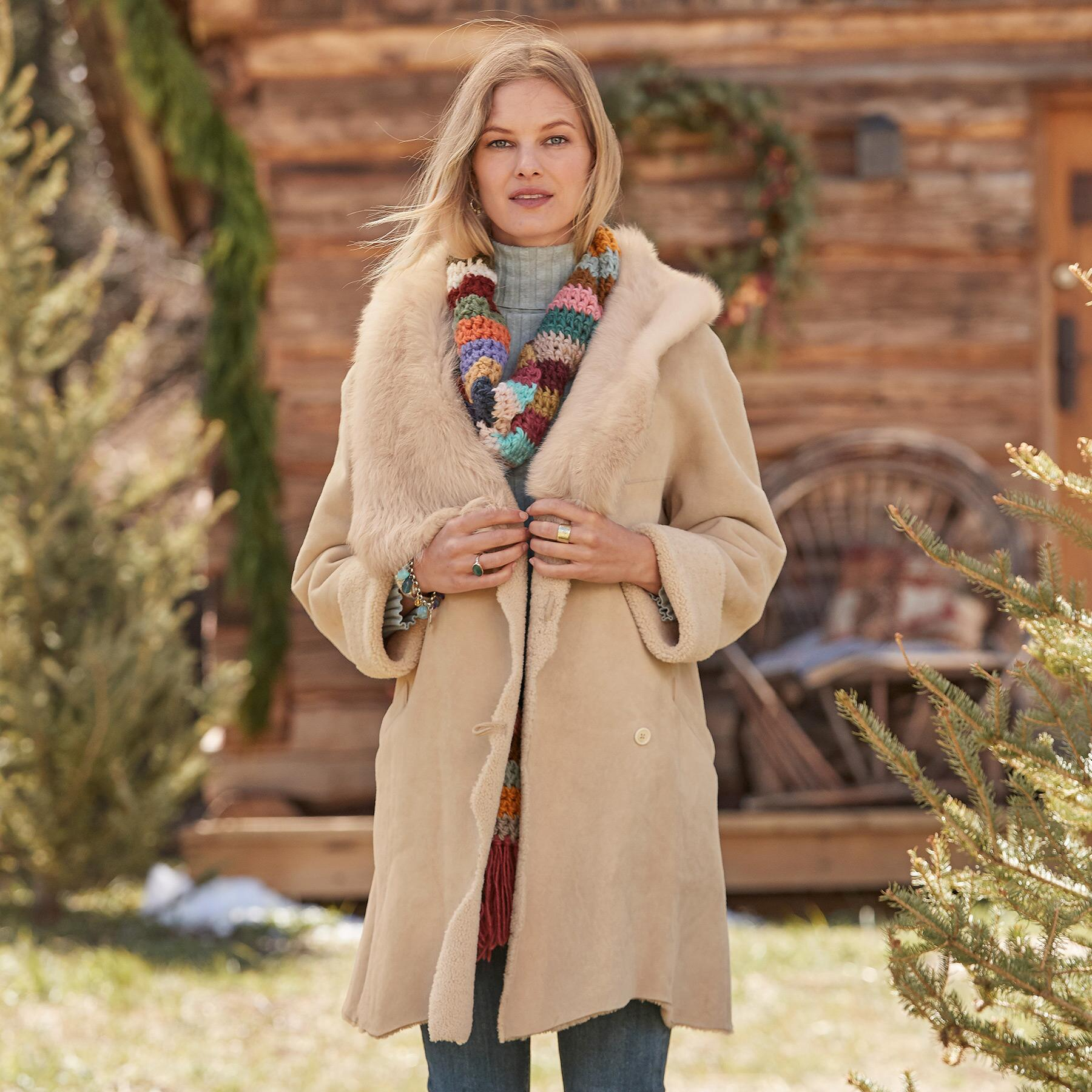 NORTHERN WOODS SHEARLING COAT: View 2