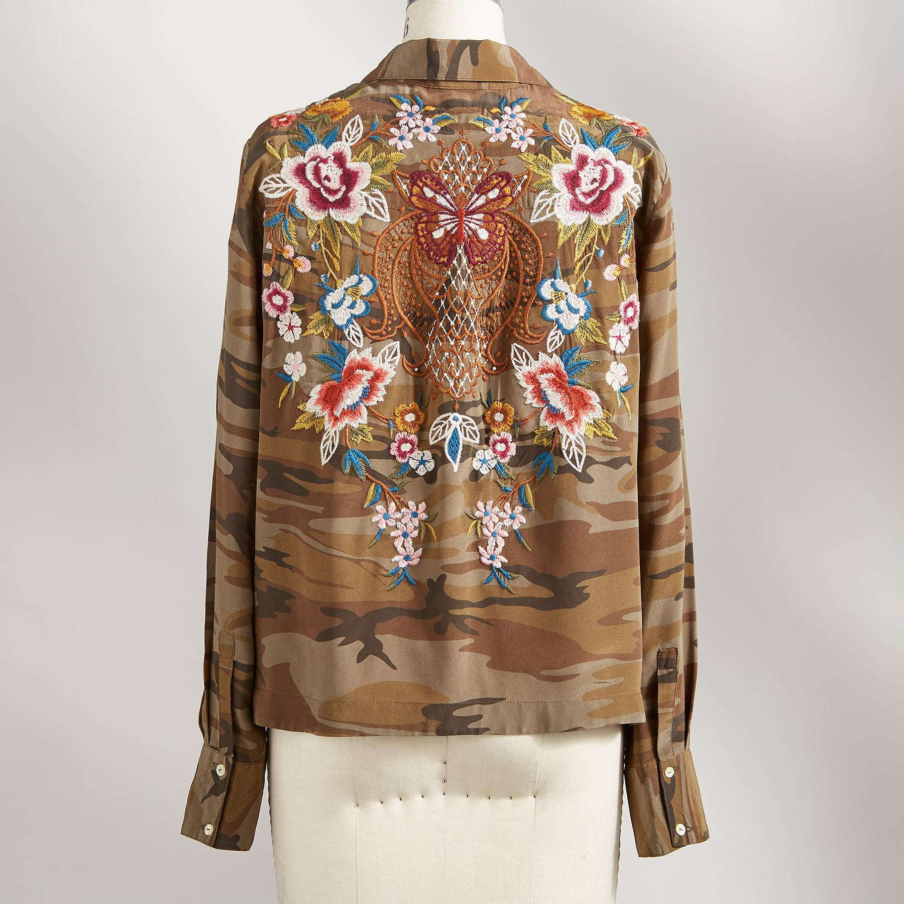 UNTAMED BEAUTY BLOUSE: View 2
