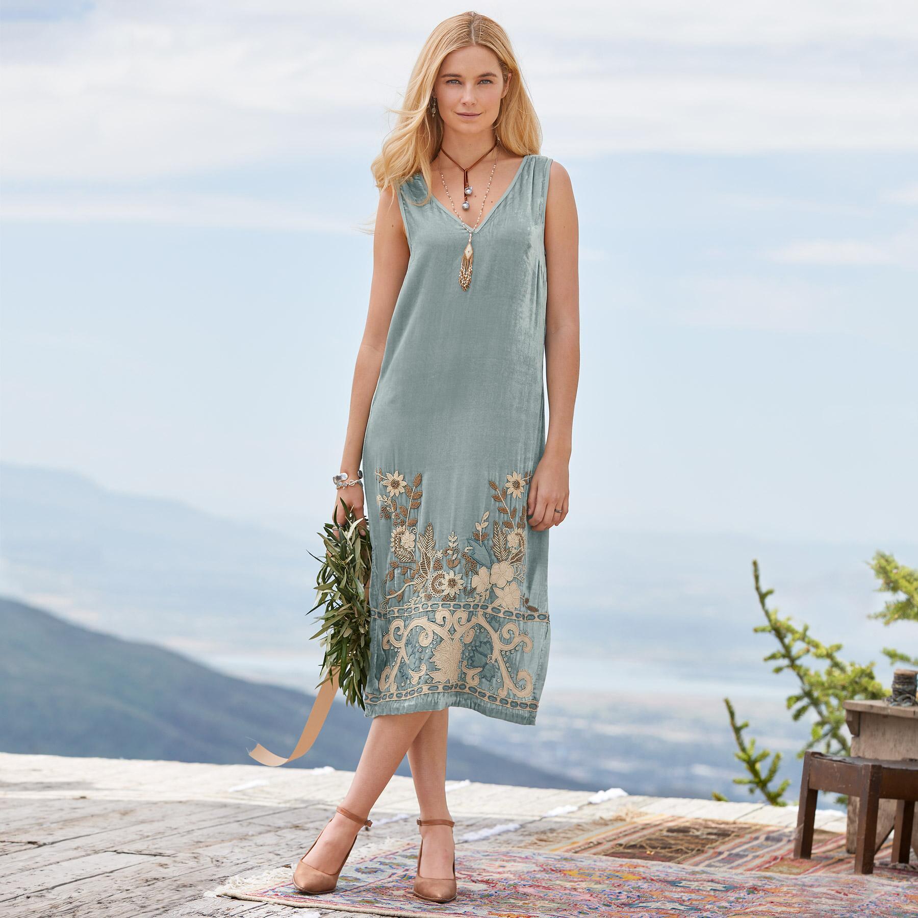 BELLE ÉPOQUE DRESS: View 1