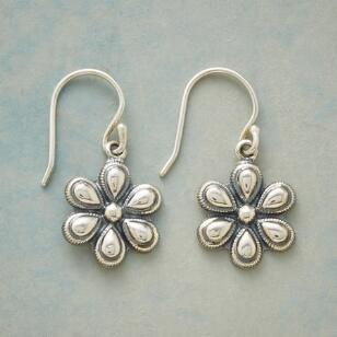 PERFECT PETAL EARRINGS
