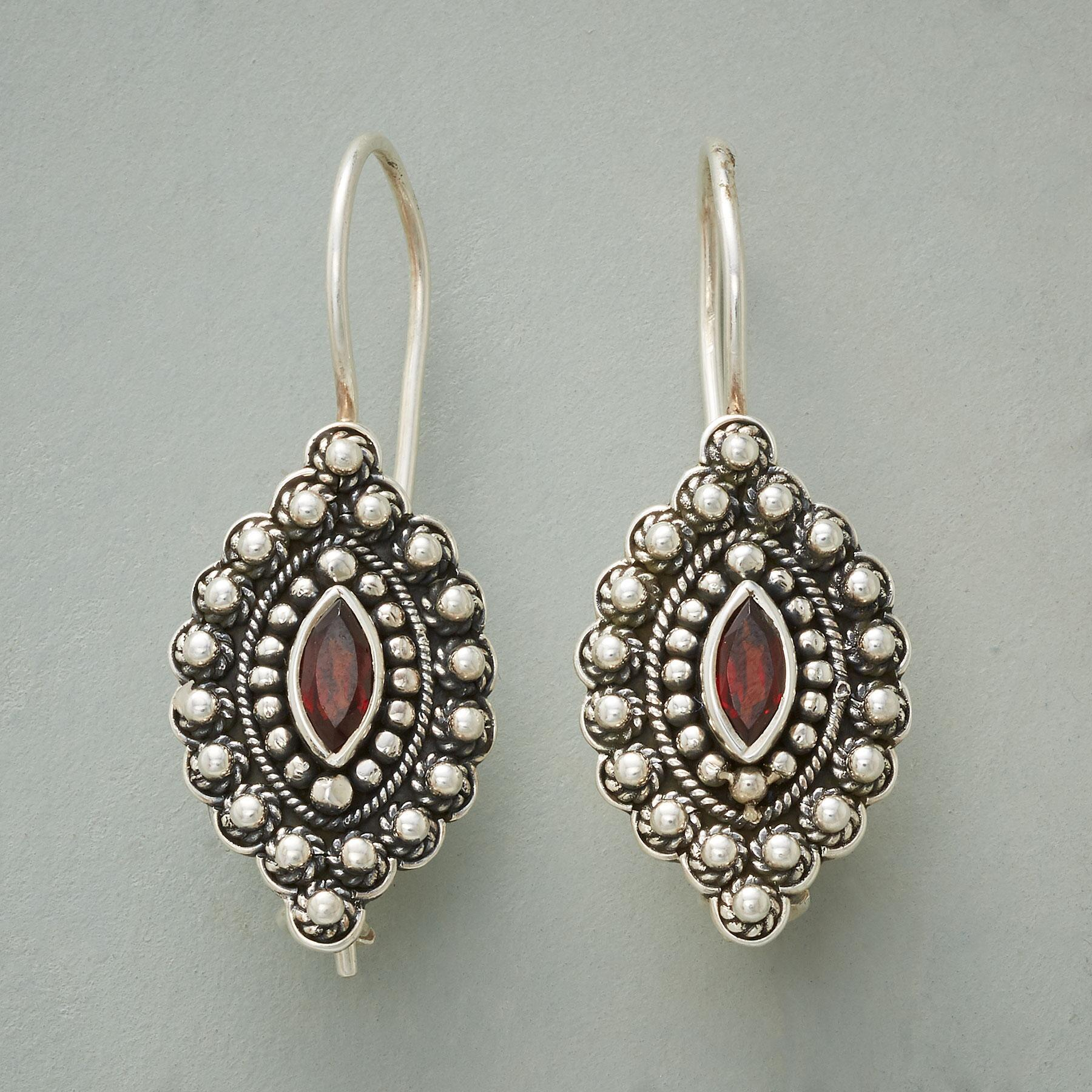 KOTA EARRINGS: View 1