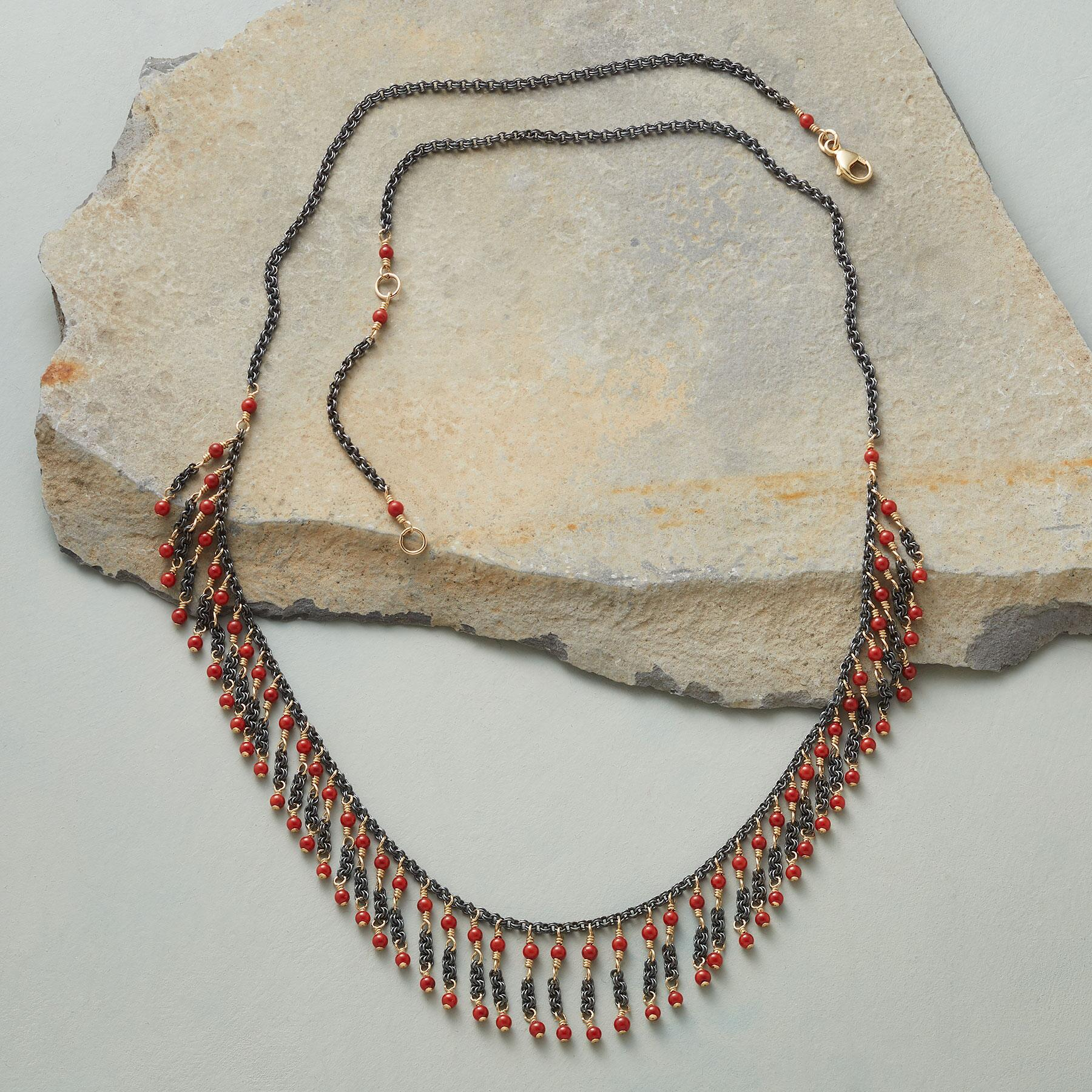 CORAL FRILL NECKLACE: View 2
