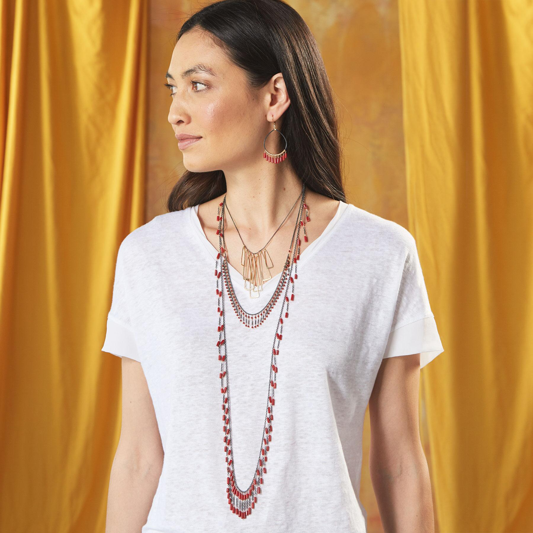 CORAL FRILL NECKLACE: View 5