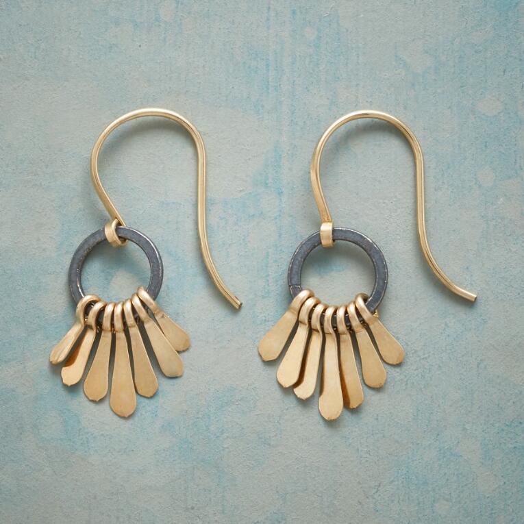 GOLDEN PLUME EARRINGS