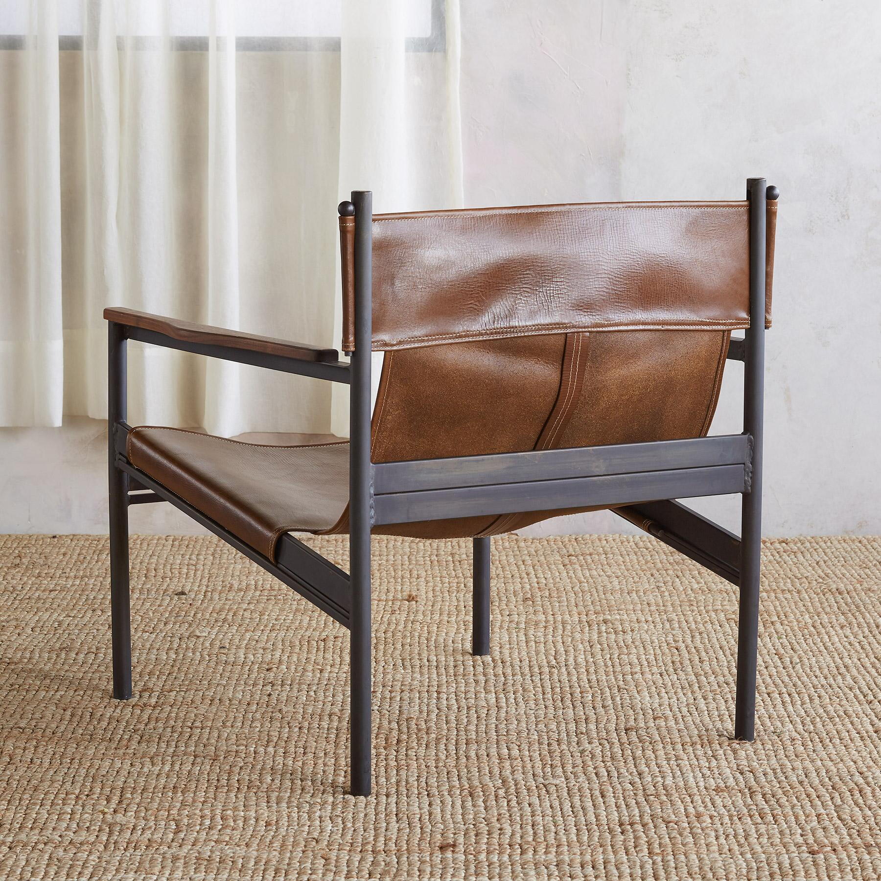CAPITAN LEATHER SLING CHAIR: View 2