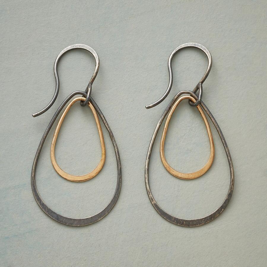 TIERED TEARDROP EARRINGS