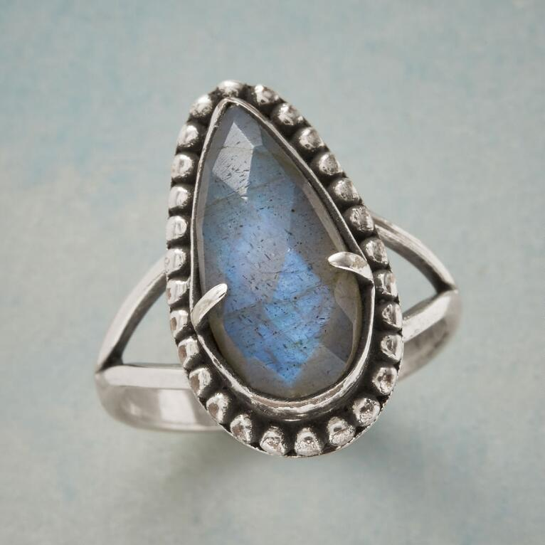 INDELIBLE LABRADORITE RING