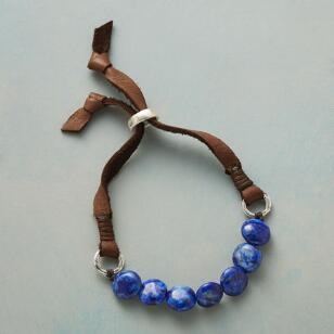 TRUE EXPRESSION LAPIS BRACELET