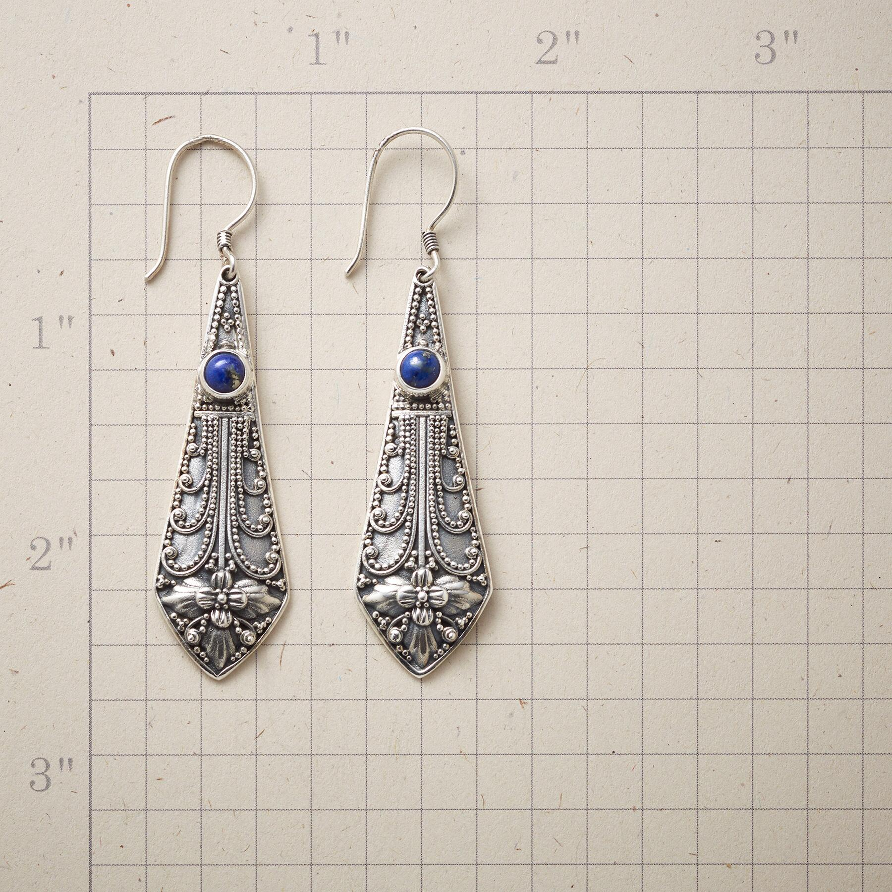 PENDOLO EARRINGS: View 2