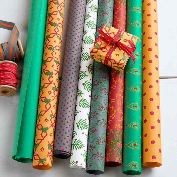 FESTIVE MEDLEY WRAPPING PAPER, SET OF 8
