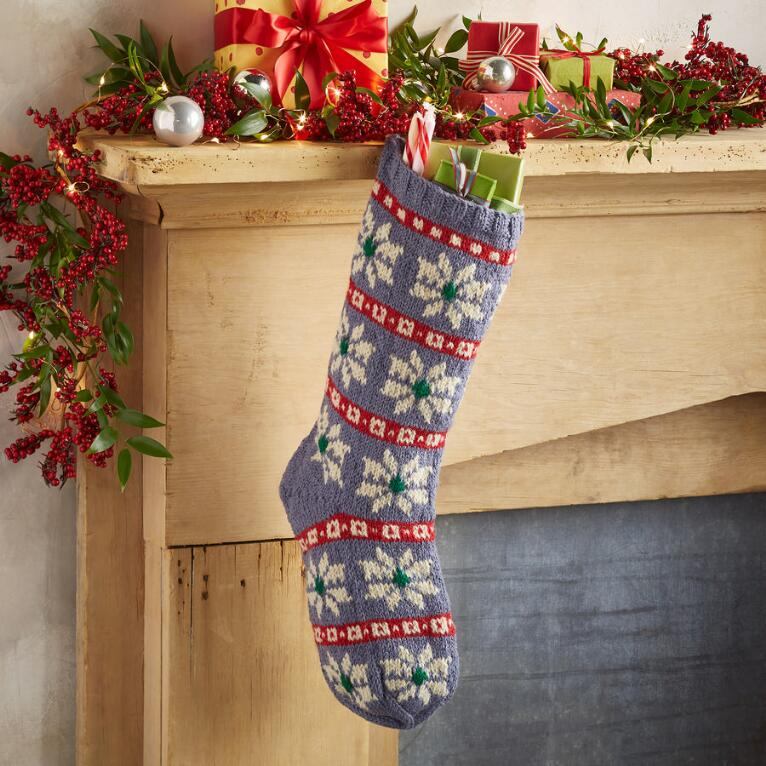 HEIRLOOM SNOWFLOWER STOCKING