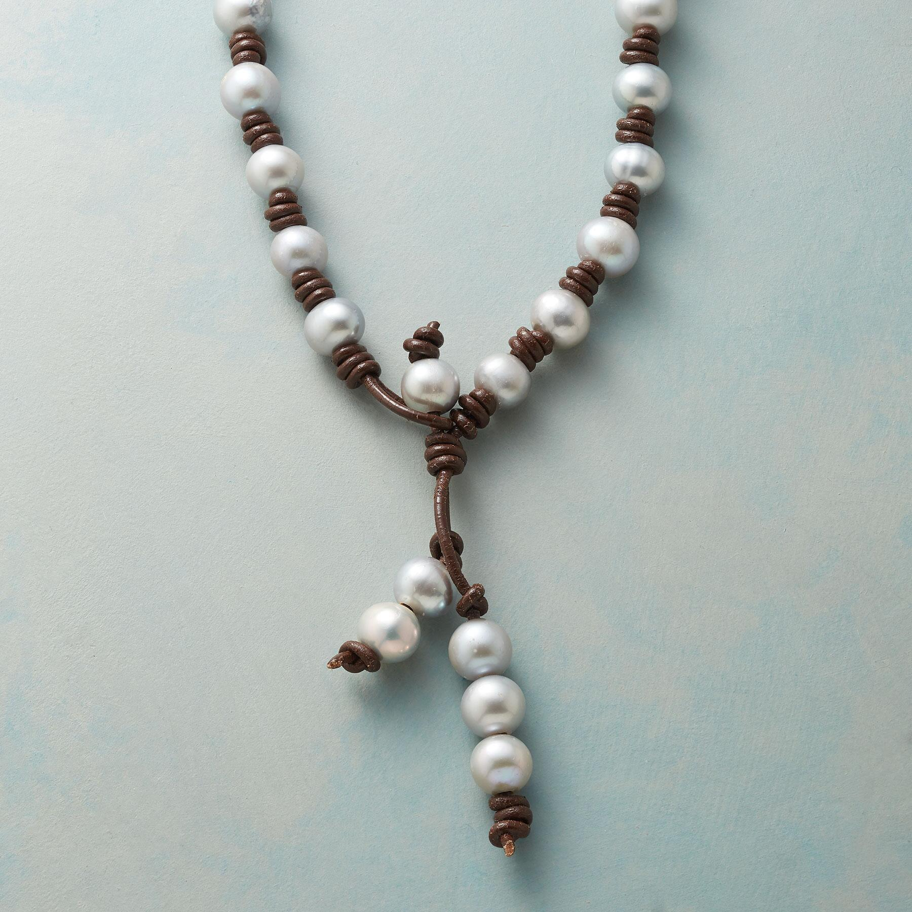 CHOCOLATE AND PEARLS NECKLACE: View 1
