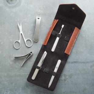 CUT ABOVE THE REST MANICURE SET