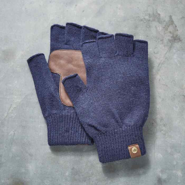 TRIPP GLOVES