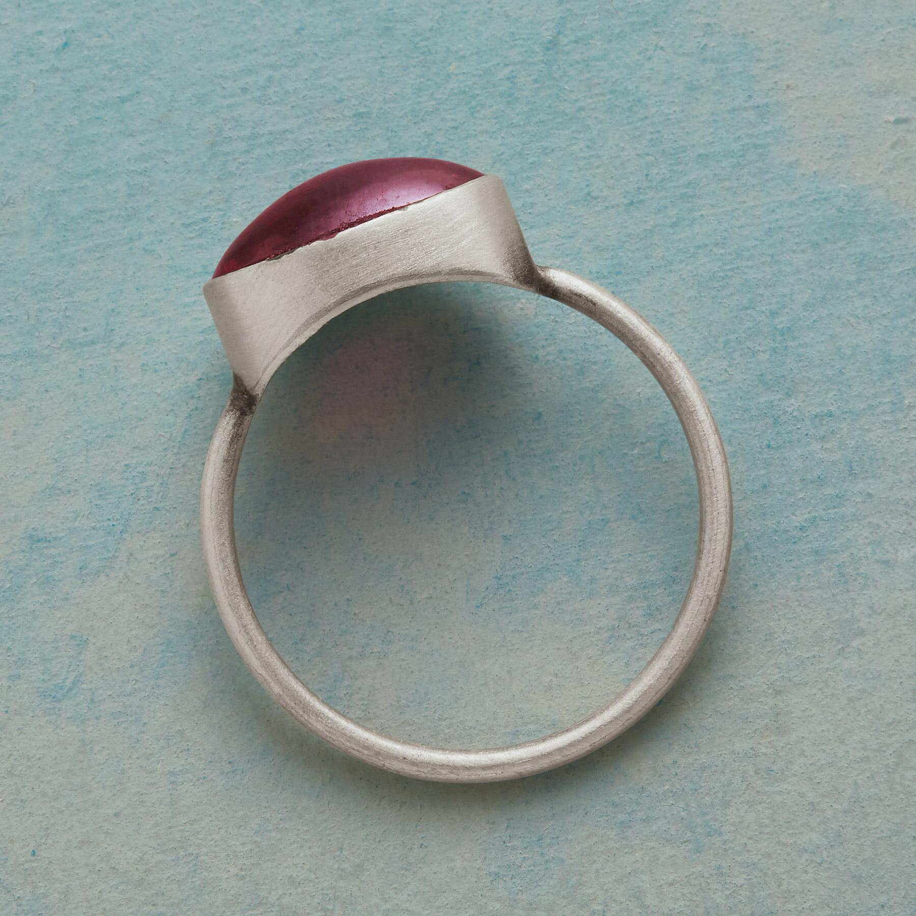 MODERNIST RING: View 2