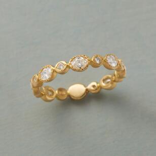 SYNCOPATED DIAMOND RING