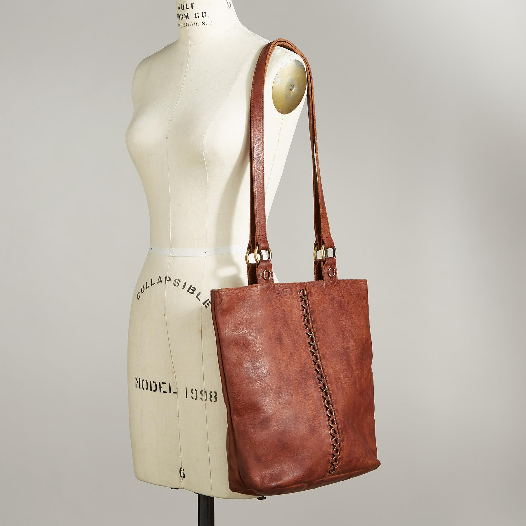 ANISSA TOTE: View 4