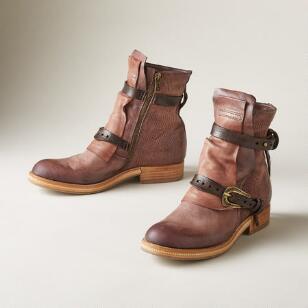 TITANIA BOOTS