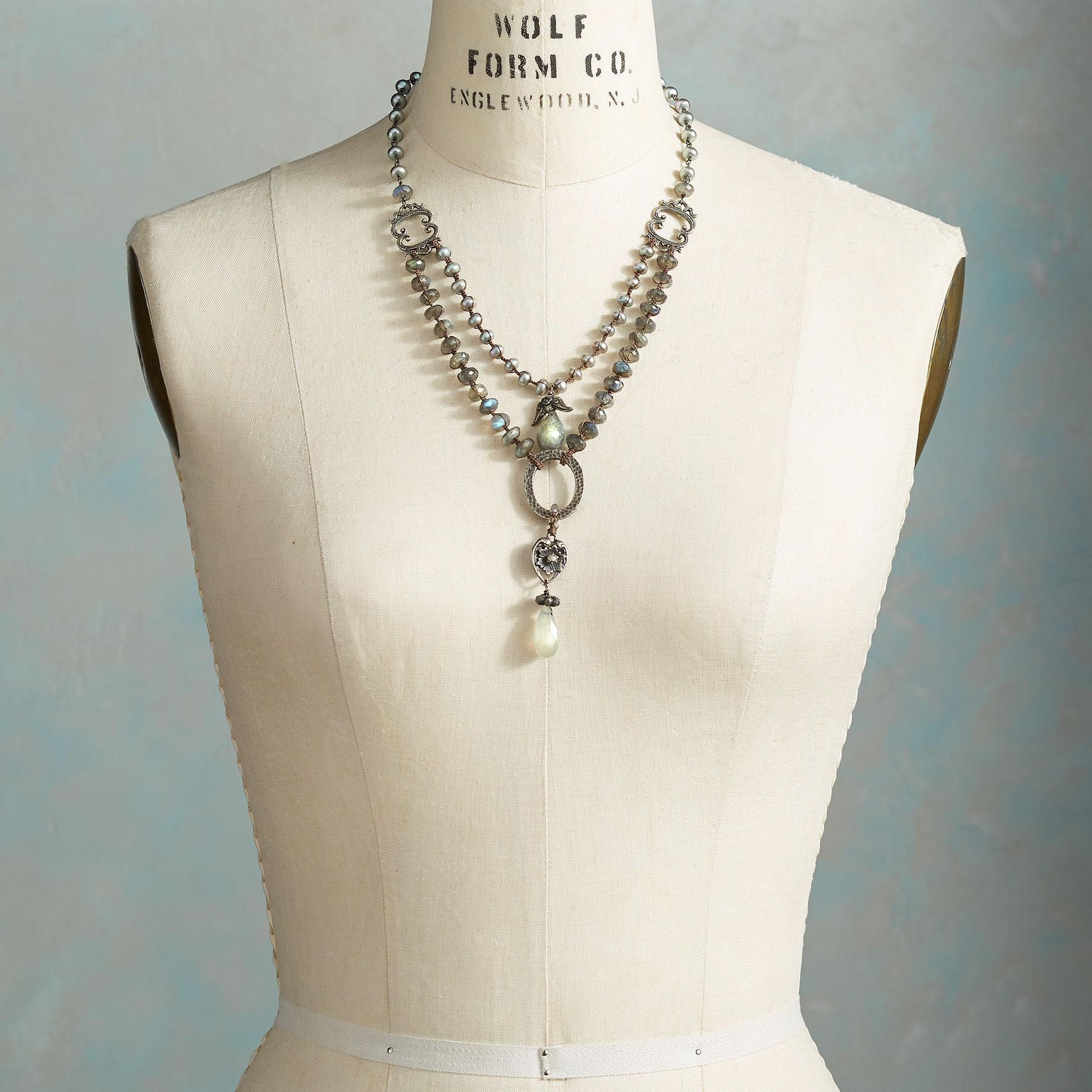 LAB NECKLACE: View 4