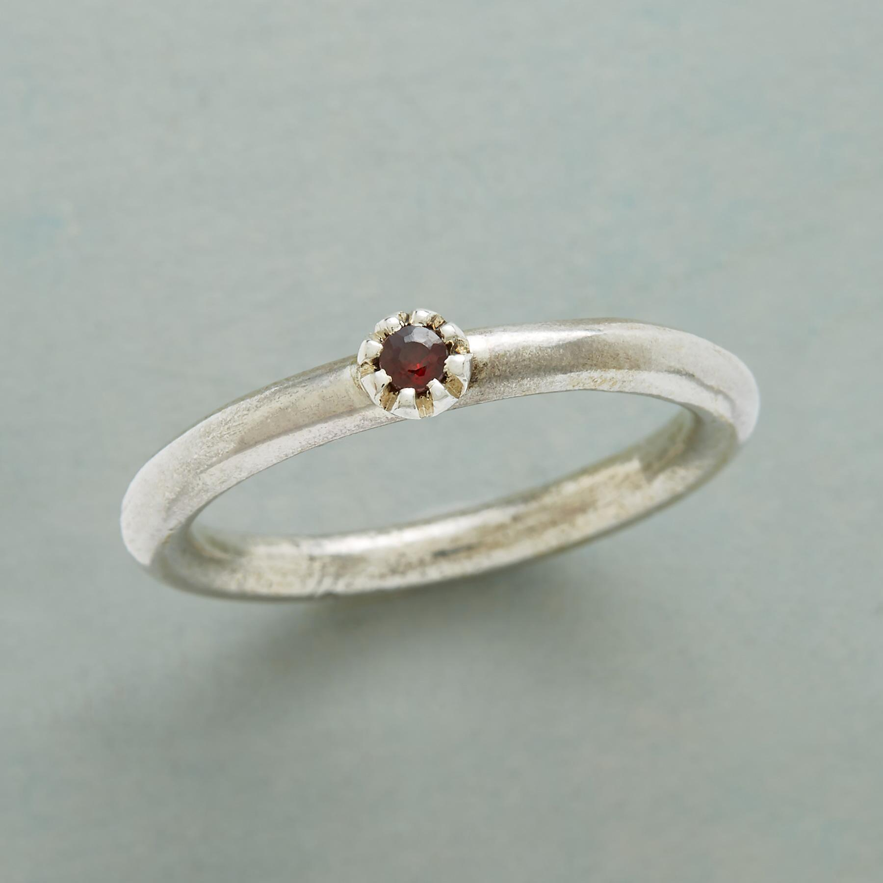 TINY ROSEBUD RING: View 1