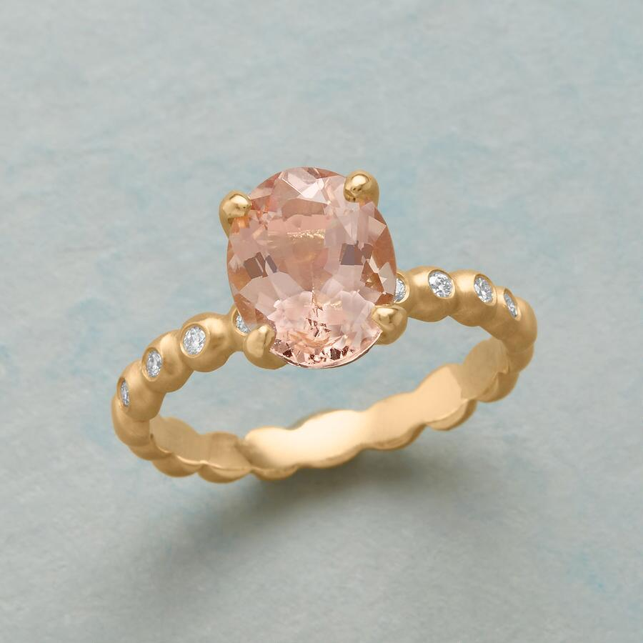 FIRST KISS RING