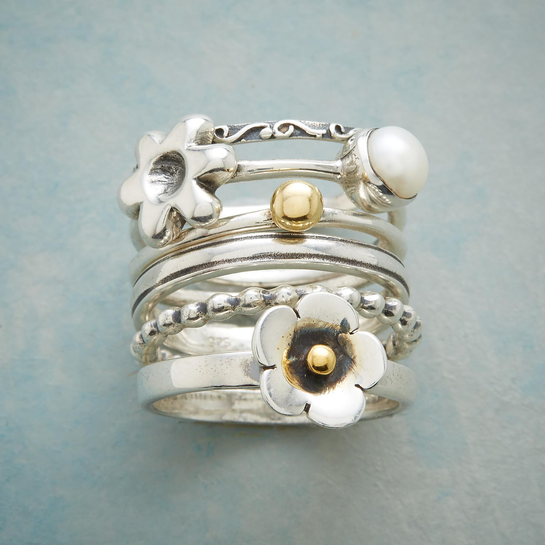 GARDEN OF DELIGHT RINGS: View 1