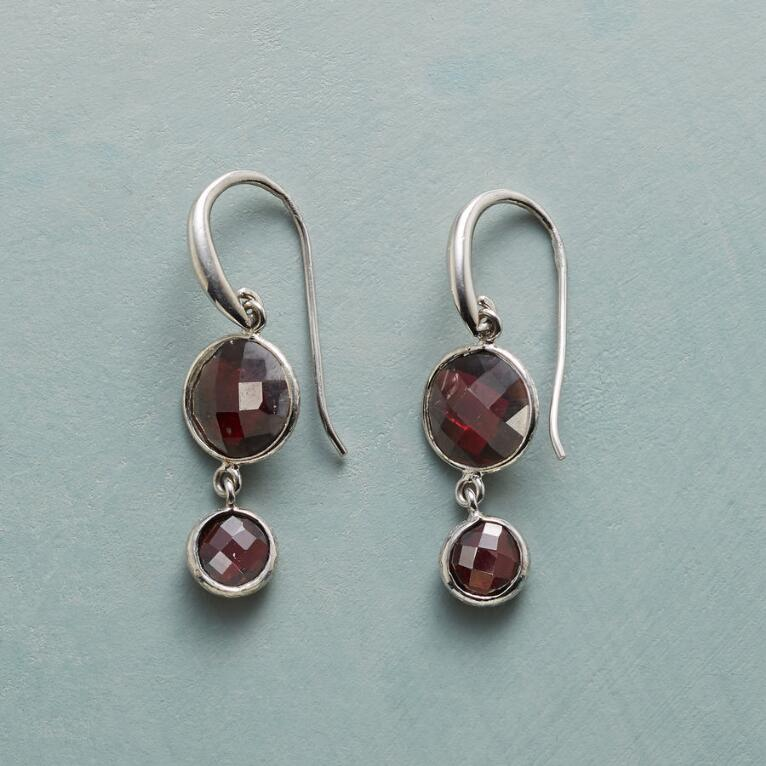 GARNET DUO EARRINGS