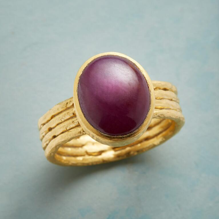 ROUGE AMOUR RING