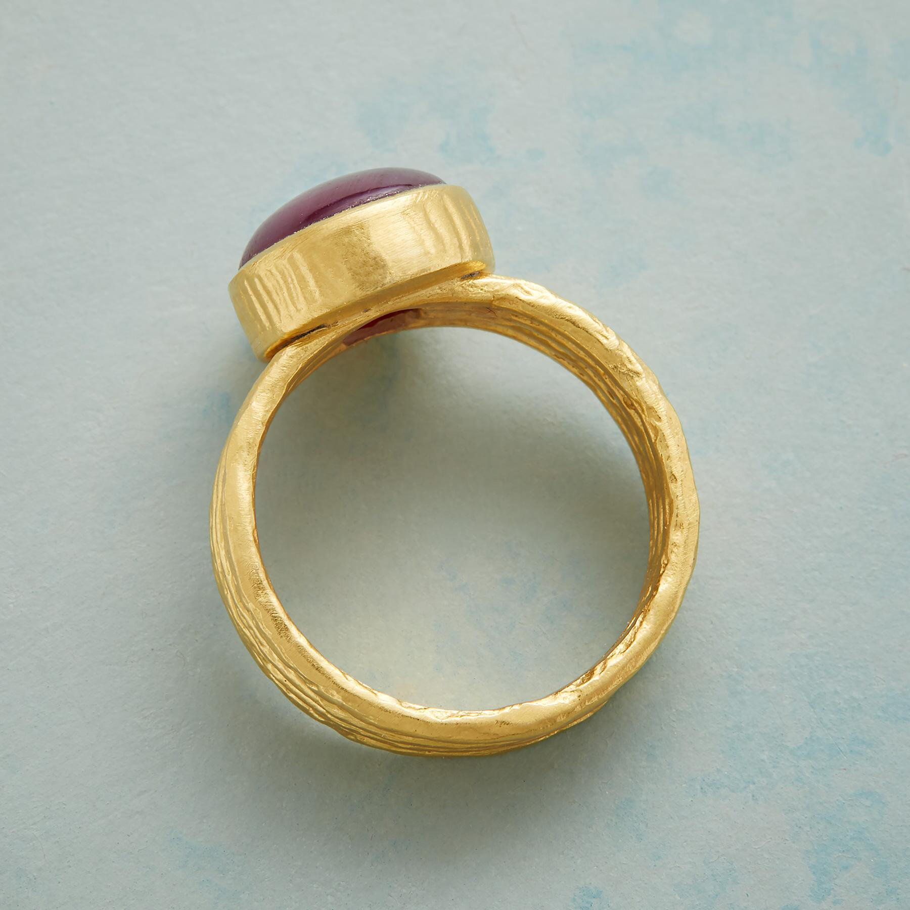 ROUGE AMOUR RING: View 2