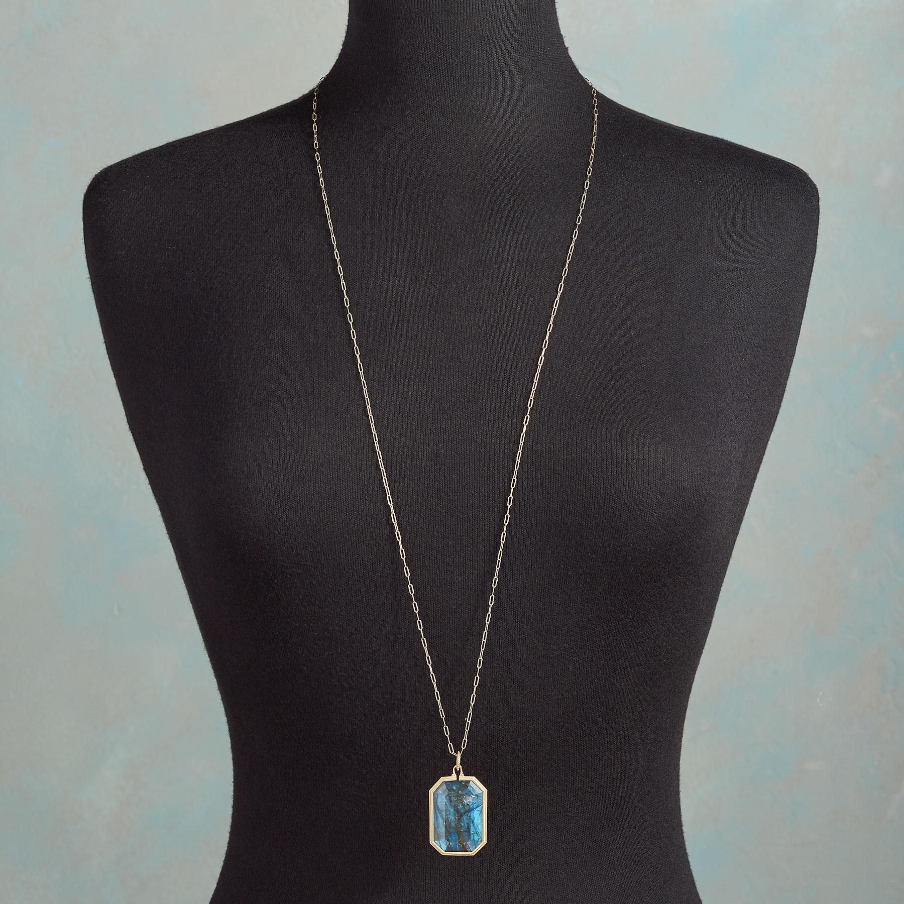 LUCKY IN LABRADORITE NECKLACE: View 3