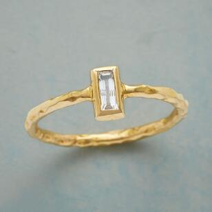 WHITE WINDOW RING