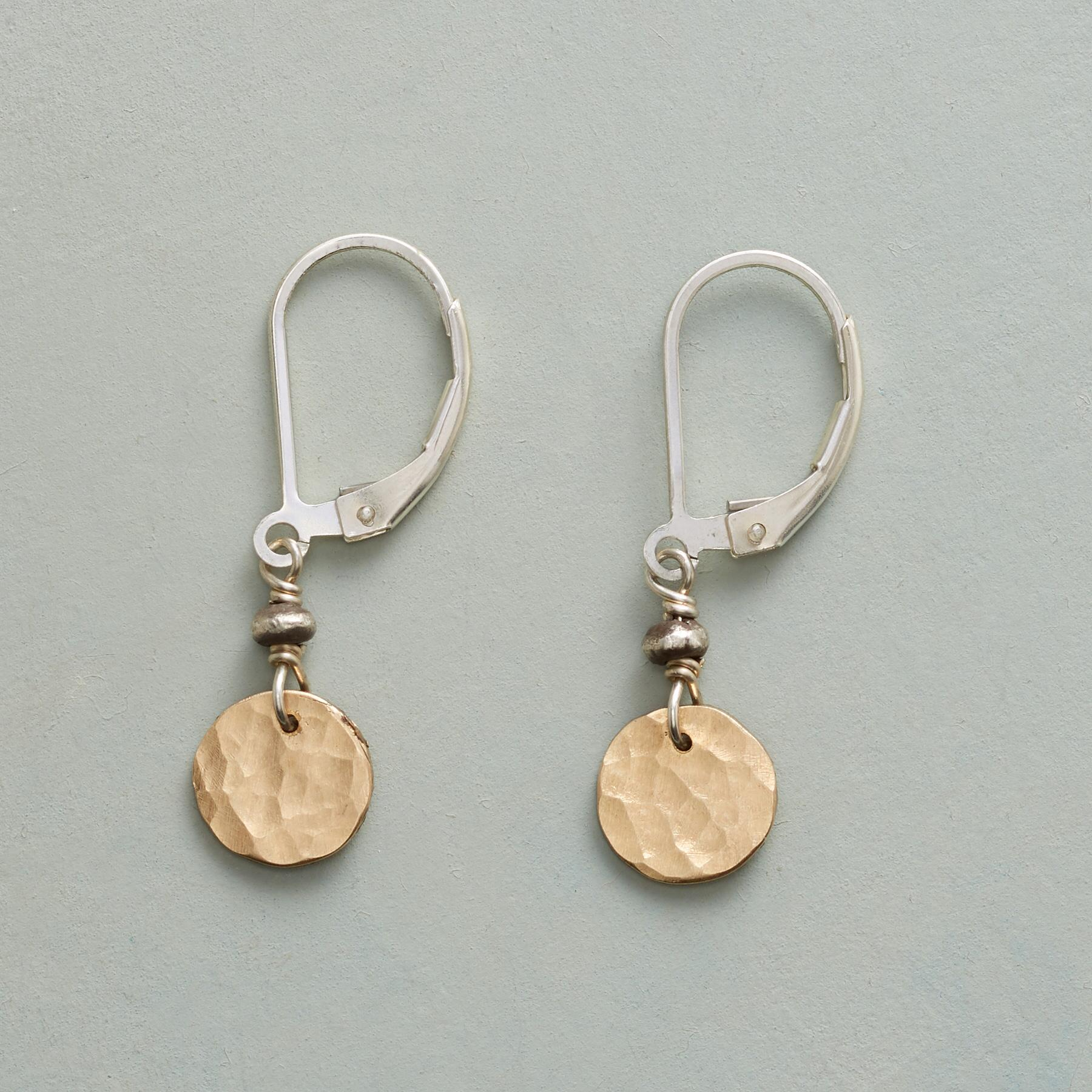 DAPPLE DROP EARRINGS: View 1