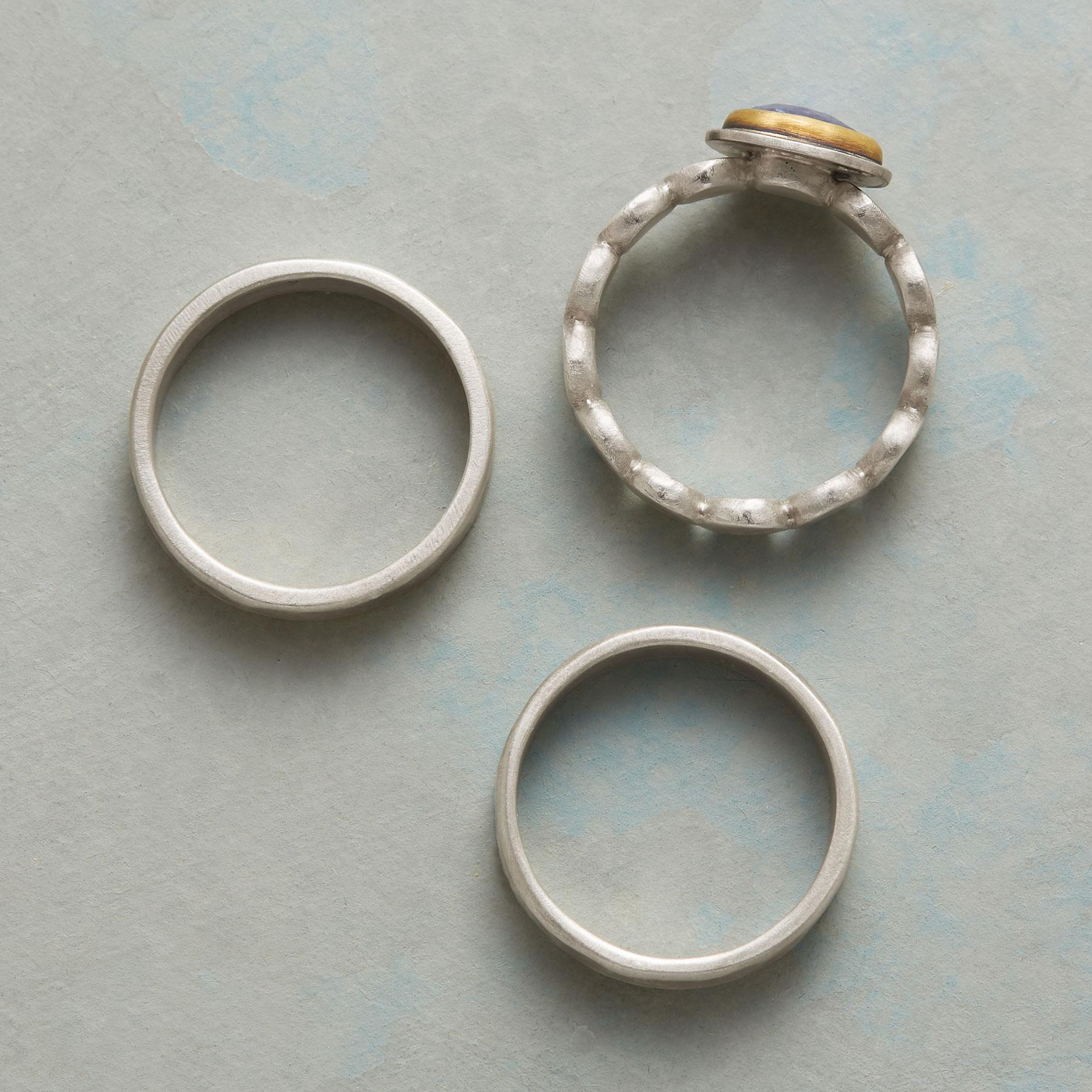 BETWEEN MOMENTS RINGS, SET OF 3: View 2