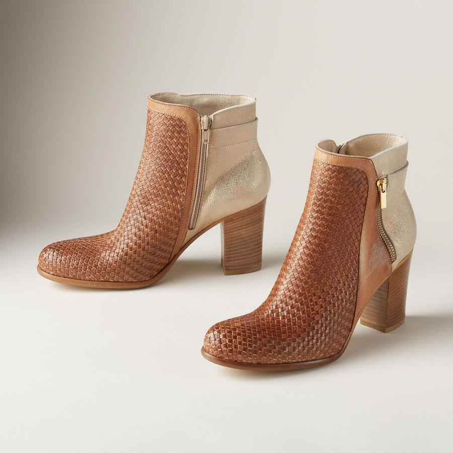 DUALITY ANKLE BOOTS