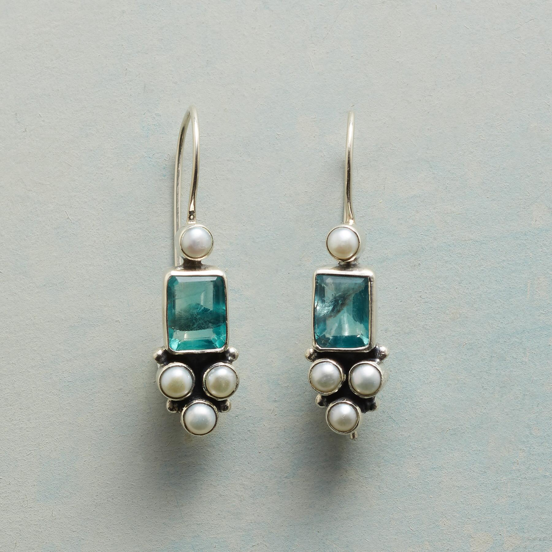 APATITE FOUNTAIN EARRINGS: View 1