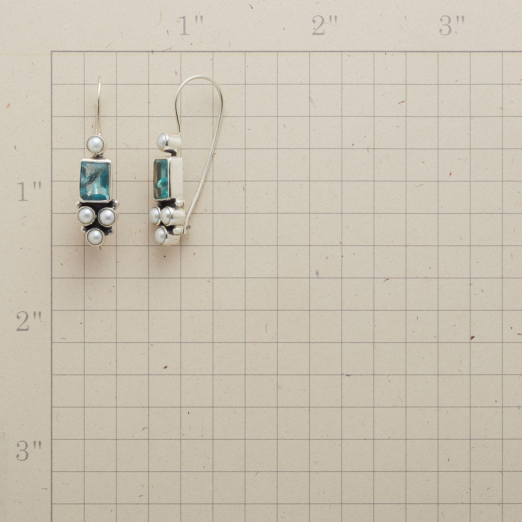APATITE FOUNTAIN EARRINGS: View 2