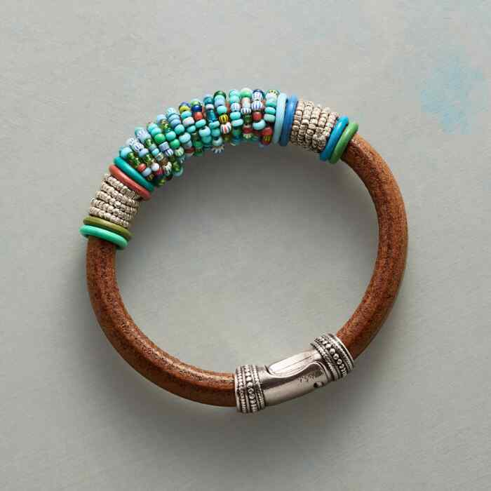 WORLD BEAT BRACELET