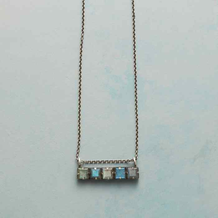 CLASSIC QUINTET NECKLACE