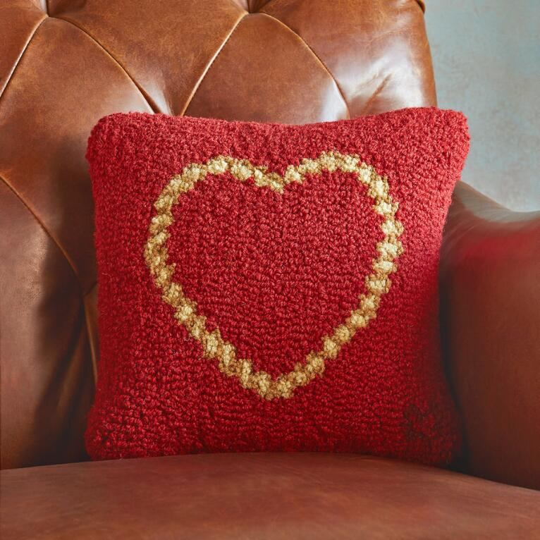 ROPE HEART PILLOW